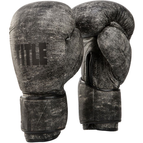 Боксерские перчатки Title Boxing Distressed Glory