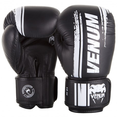 Боксерские перчатки Venum Bangkok Spirit