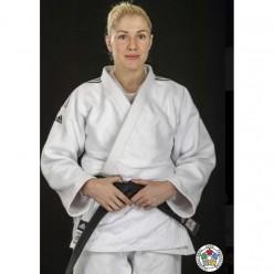 Кимоно для дзюдо Adidas Champion 2 с лицензией IJF (белый/черные полосы, J750W)